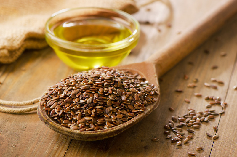 "5 Health Reasons Flaxseed Oil is Called ""Liquid Gold"""